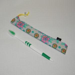 étuis brosse a dents fleurs